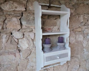Old weathered shelf Greige and ivory