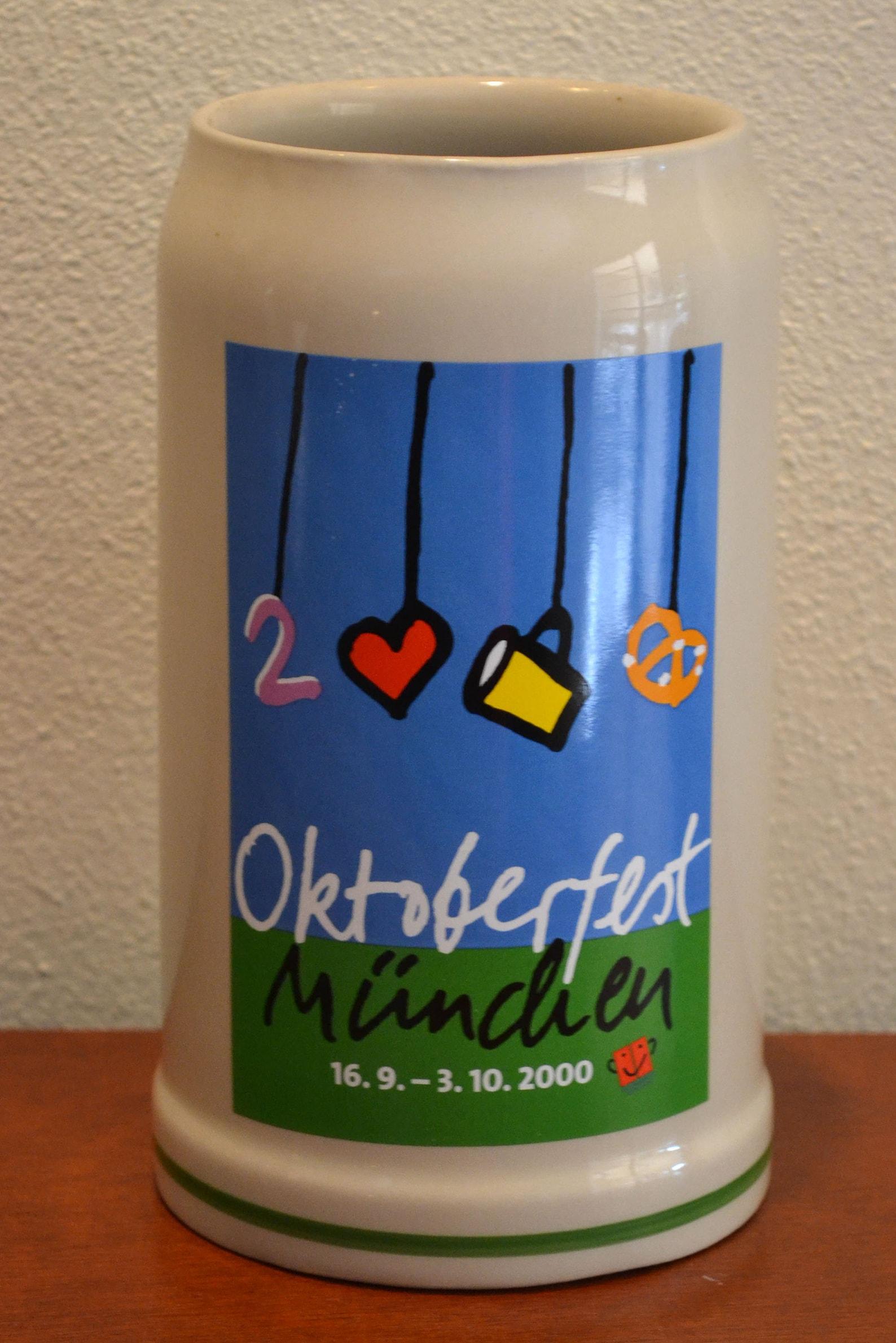 Official 2000 Munich OCTOBERFEST Beer Stein Mug (MUNCHEN OKTOBERFEST) by Rastal
