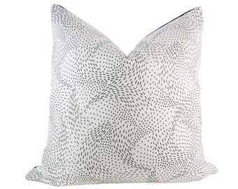 Black & White Swirly Dots Pillow Cover // hand made home, throw pillow, black white graphic home decor, modern metal zipper