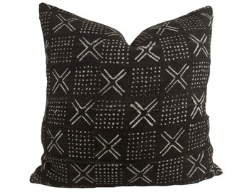 """Black Mudcloth Pillow Cover 21x21"""", black back // hand made home, throw pillow, black white, modern metal zipper, home decor, boho"""