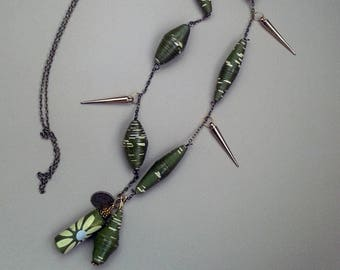 Necklace made of recycled paper and varnished