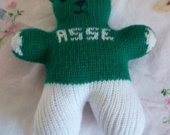 Pooh blanket green and white