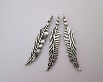 3 Breloques plume 37 x 7 mm en métal argenté