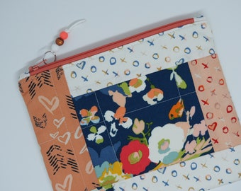 Patchwork Pouch, Zippered Pouch, Small Pouch, Tech Pouch, Patchwork Purse