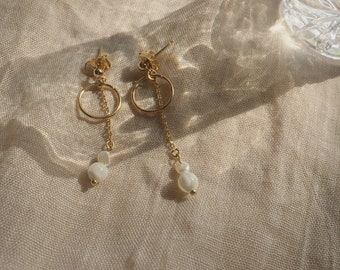 melt&float_Minimal Goldring Drop Earrings