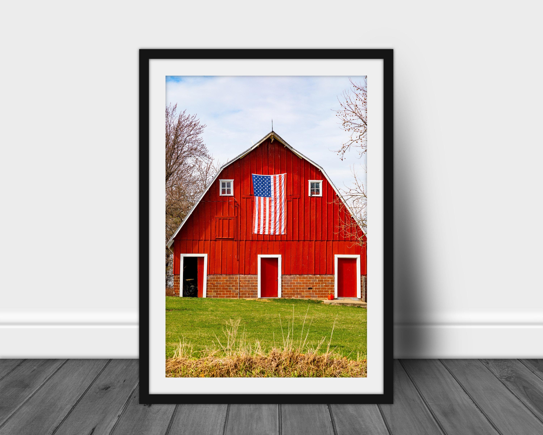 White /& Blue Barn Art Print Home Decor Wall Art Poster D Red