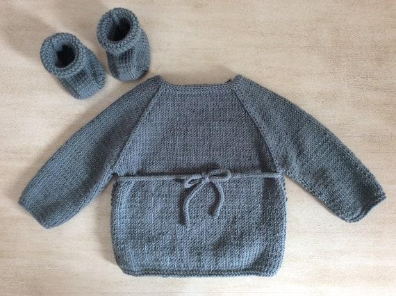 d1b21b44a All baby birth   1 month cross-top booties knit made handmade