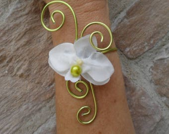 Flower bracelet - white orchid flower and twisted wire bracelet
