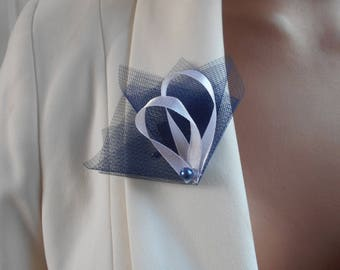 Boutonniere - PIN for wedding - Navy Blue and white