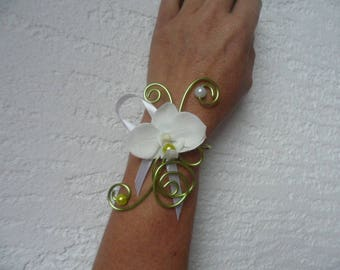Bracelet for bride or witness - lime green and white with Orchid