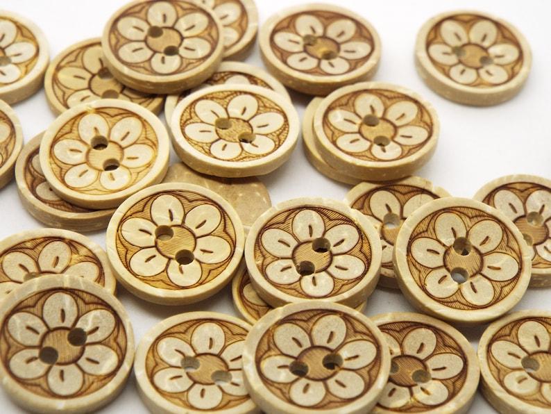 Rond 2 Trou Couture Bord Noix de Coco BOUTONS 13 mm pack de 8