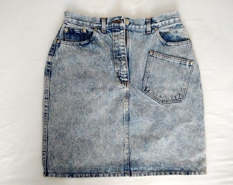 Pencil acid wash denim skirt with patch at back