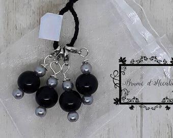 Black and silver marker stitch