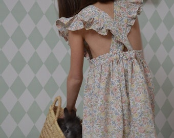 Dress liberty blissed apron