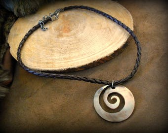 Jewelry, spiral shell - Brown faux leather braided - cord necklace