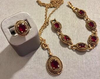 Sarah Coventry Coronation Bracelet, Necklace & Ring Vintage Set