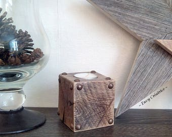 Candle holder in reclaimed wood, industrial look