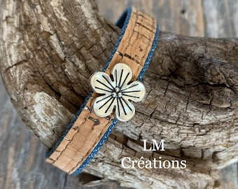 Bracelets made of cork ribbons, glittered with silver and jeans, trimmed with a flower, a heart or a starfish