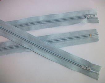 1 zipper - almond Green / Khaki - uncut - useful for purse, wallet, skirt - 20 cm