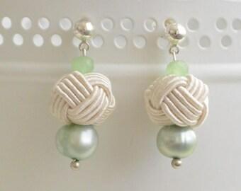 Penn skoulm * earrings Green/White Pearl