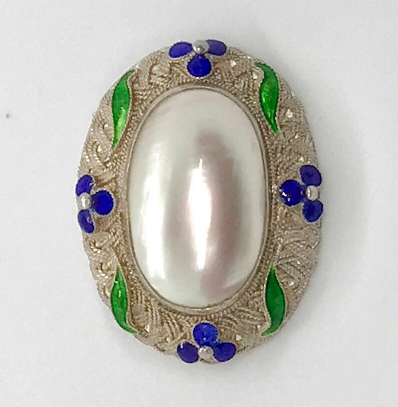 Vintage Mother of Pearl Cabochon Sterling Silver Filigree Delicate Enamel Brooch Pendant