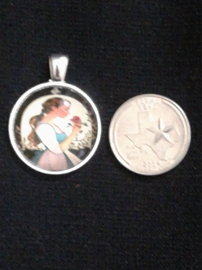 Bella from Beauty /& the Beast Cabochon Glass Pendant