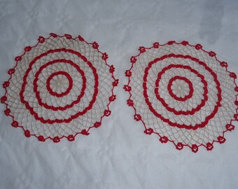 Sets of 2 doilies crochet manually