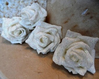 set of 5 white flowers with glitter 7 cm appliques for sewing or craft
