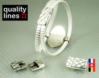 Fermoir magnétique argenté  zamak pour cuir plat trou 10mm /2mm pour bracelet