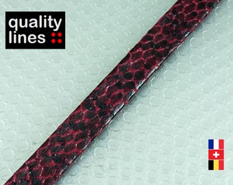 X 1 M, 10mm flat faux leather / 1 mm black snake, supple faux leather Red