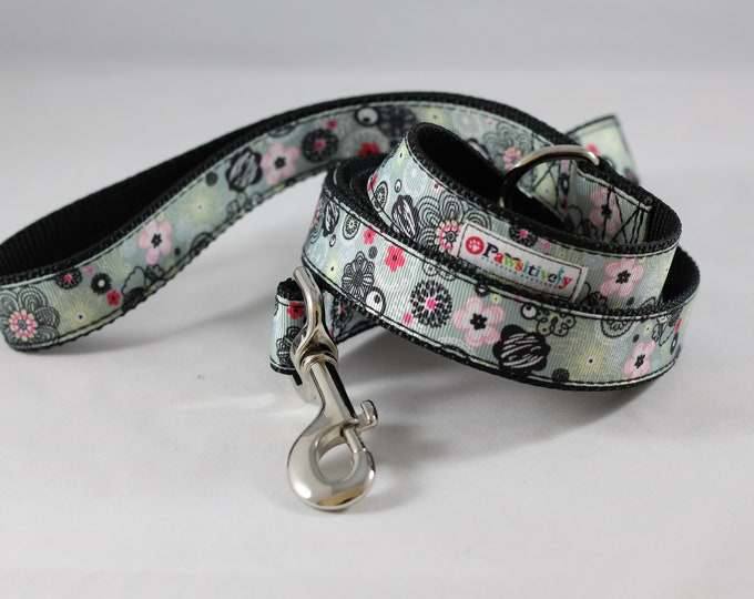 Pet Leash Gray Ribbon Pink/Black Flowers