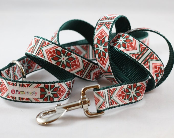 Pet Leash Christmas Poinsettia