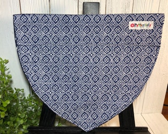 Dog Bandanna, Navy Blue, White, Arrows, Reversible, Slip On the Collar