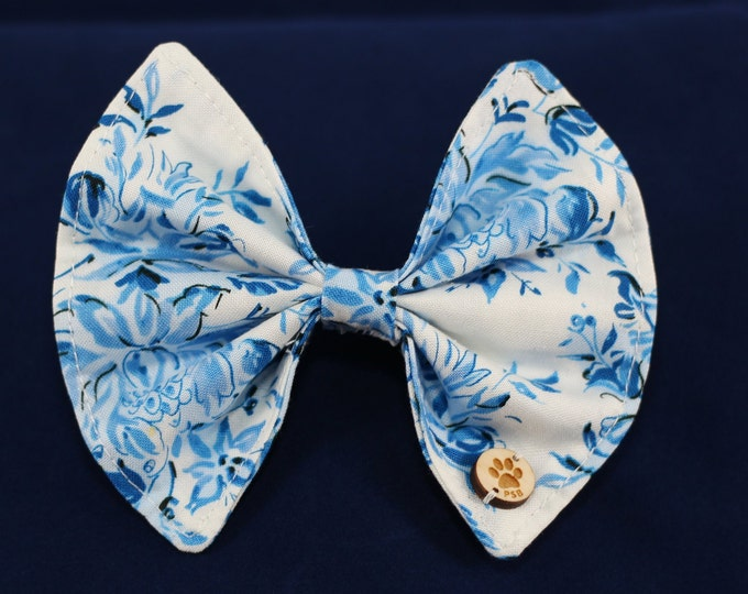 Pet Bow / White with Blue / S, M, L