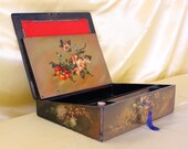 Victorian Ladies writing slope Papier Mache travelling writing desk circa 1860-1880 with key