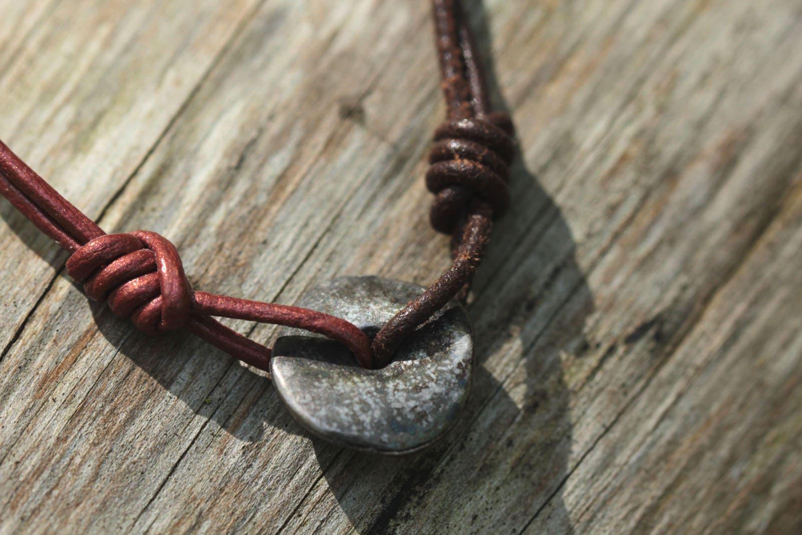 Poesia Brique De Verre bracelet en cuir brique et marron, donut argent vieilli