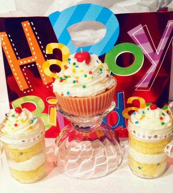 Happy Birthday Cupcake Gift Bag 2 8oz Jars