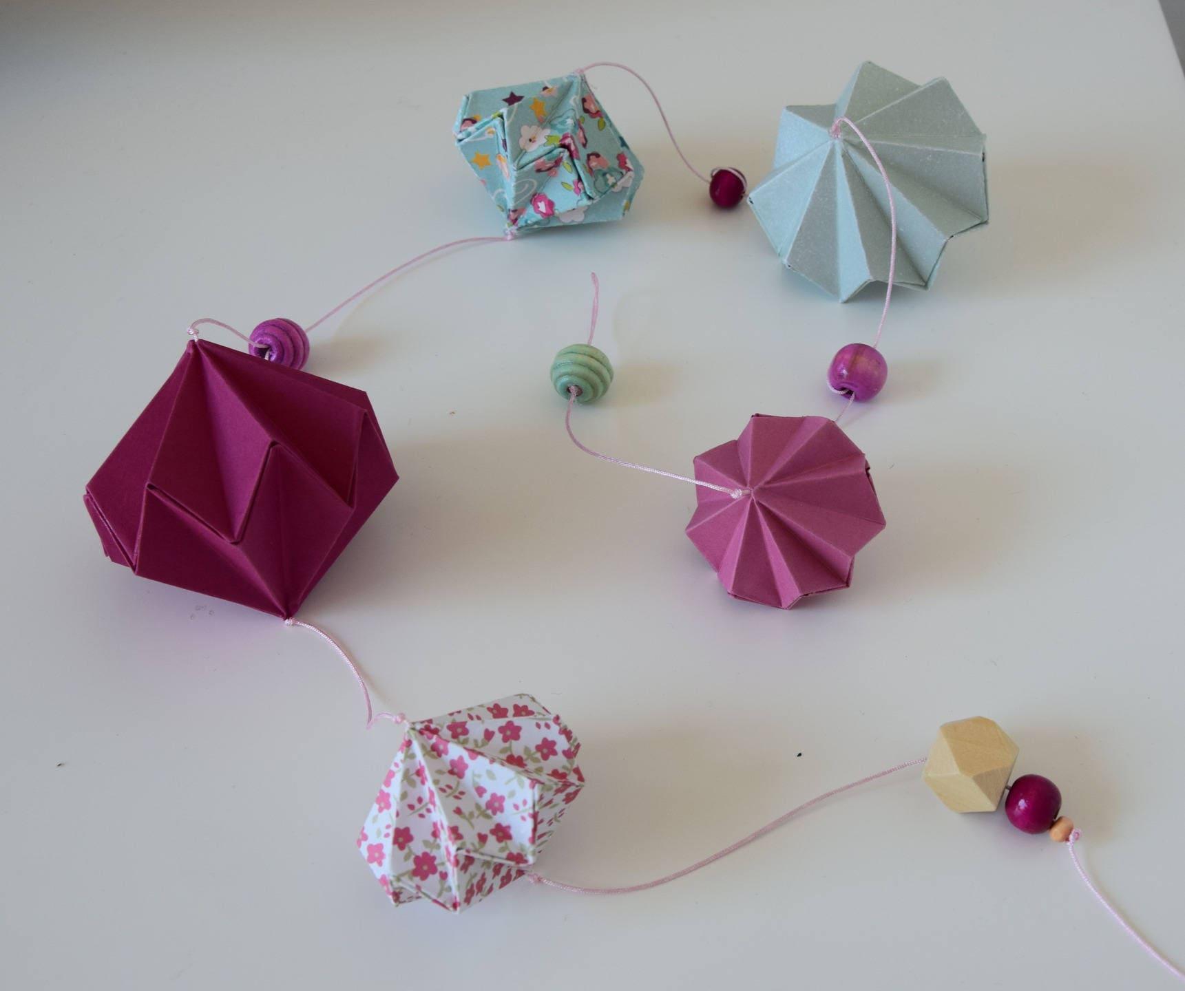 guirlande origami diamant d coration murale fille etsy. Black Bedroom Furniture Sets. Home Design Ideas