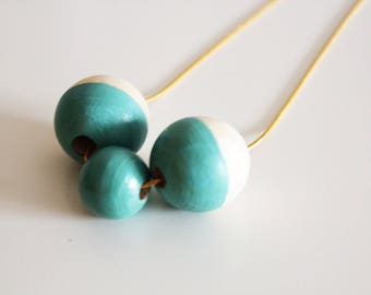 Turquoise wooden beads necklace