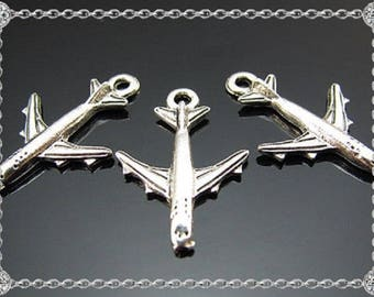 5 airplane Boeing Tibetan silver charms - 16x22mm