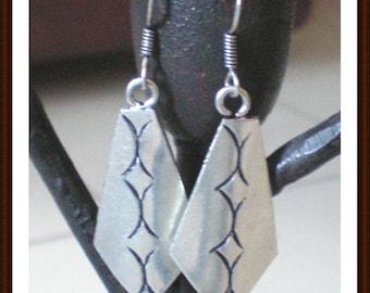 Earrings silver Sterling 925 Silver - shape diamond - decor on the back - 55 mm