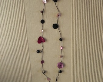 Necklace mother of Pearl buttons and more N 4