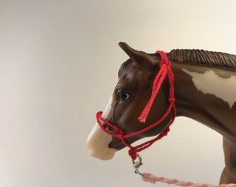 Breyer Traditional (1:9 Scale) Rope Halter