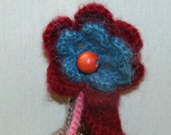 Wool brooch