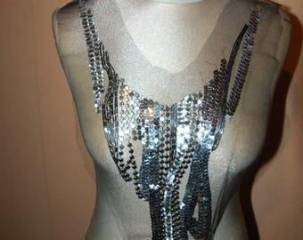 tulle and sequins Application bib
