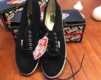 cc93d76e6a7 Black Vans Tennis Shoes NIB