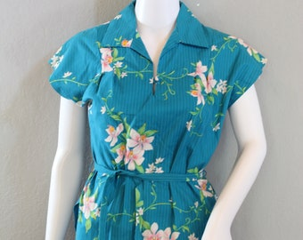 41271262ae2 Vintage Hilo Hattie Hawaiian Shirt