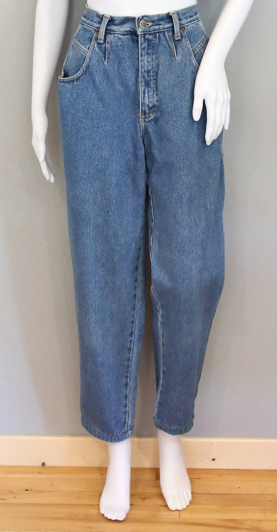 Zena jeans/waist 26 inches/ high rise relaxed plea
