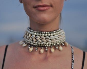 Choker necklace,Burning Man, Festival Clothing, Burning Man Clothing Women, Shell Accessories, Rave Accessories,Music Festival Clothing