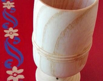 Mug, made of ash wood, oiled tung